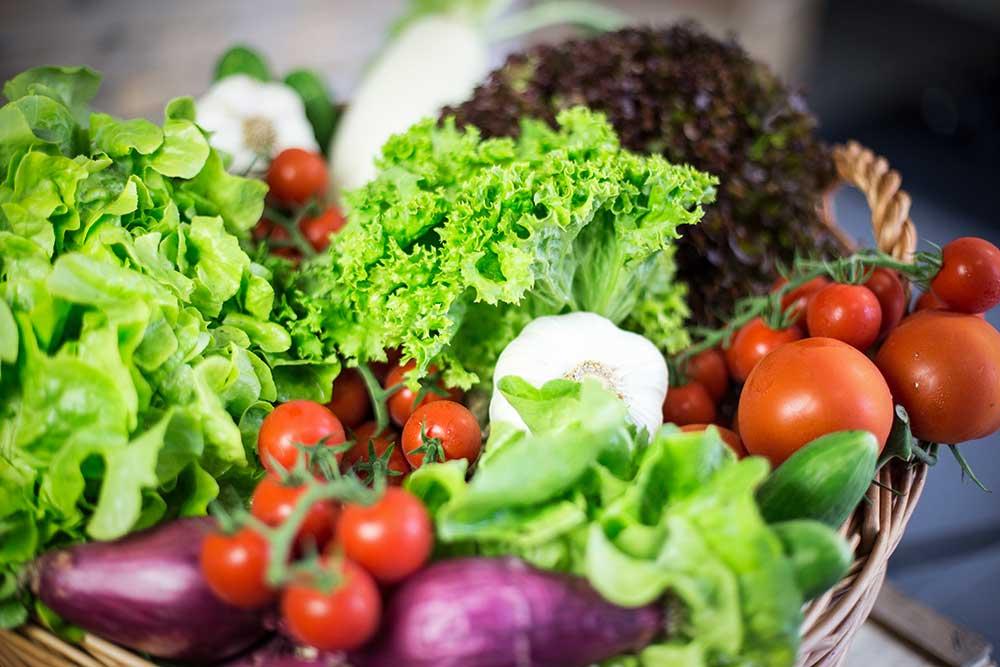 Nur frische Zutaten: Mein Lieblingsglas - Der frische, hausgemachte Salat im Glas von Das Obstkistl